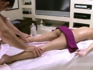 Cute pornstar amateur fuck