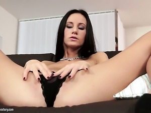 Brunette reaches satisfaction using nothing but her sex toy