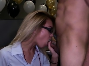 Blowjob amateur at cfnm party gets oral