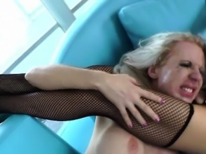 Shemale TS getting her ass fingered by kinky lady