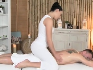 Gorgeous erotic masseuse licked by a client