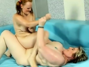 Wild Chubby redhead fight vs BBW blonde