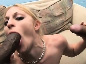Blonde, beautiful, and ready to get drmicro,nk on cock!