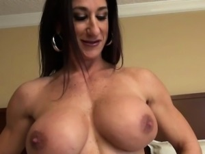 Female Bodybuilder Strips and Masturbates Her Big Clit