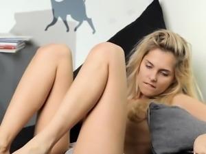 Busty wife titty cumshot