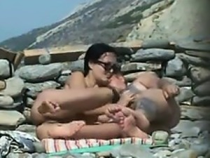 From MILF-MEET.COM - Hot Couple Fucking On Beach 2