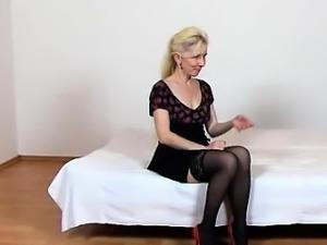 Stockings legs milf Maya cfnm and hirsute muff facesitting