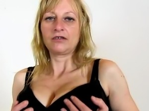 Elder czech wife Gabina facesitting a submissive male
