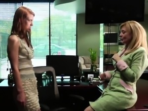 Nina Hartley and Pepper Kester have a kinky office tryst. Pe