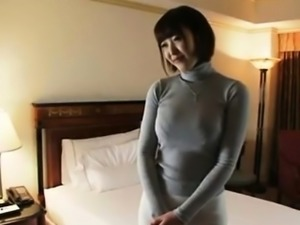 Japanese submissive hooker offers her pussy