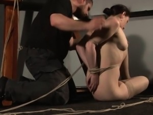 American damsel Caroline Pierce in hogtied bondage
