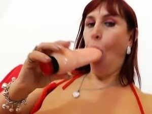 Darja the redhead bitch having fun and gapes her shaved muff