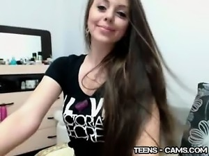 Cute Teenager Teases And Flashes Her Pussy On Webcam Porn 26