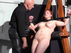 Swedish amateur submissive Vicky