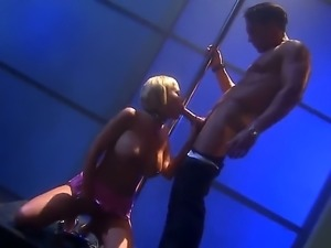 Carly Parker gets an anal gangbang in this scene. The kinky blonde is doing...