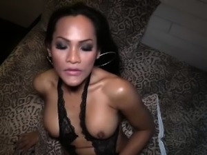Mature ladyboy with a nice cock anal sex with a white guy