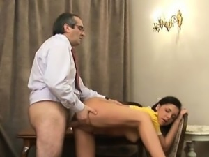 Old teacher is pleasing babe's chaste pussy