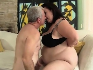 Big titted mature BBW Lady Lynn gets her pussy drilled