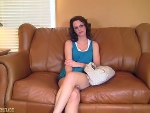 Amateur with hot body on casting couch fucked hard