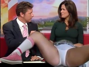 Susannah Reid spreads on live TV ..........