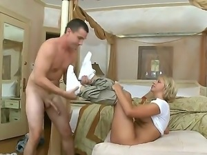 Having some problems with her room, blonde babe calls the manager wich she...