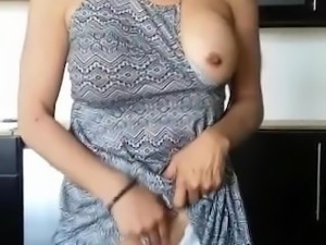 making my pussy squirt