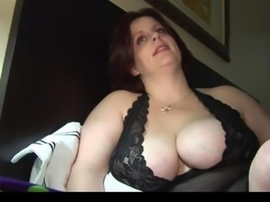 bbw sexy milf takes a load from DesireBBWs