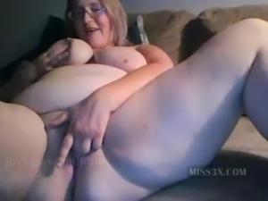 Hot bbw mom orgasm