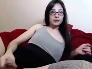 Young tranny with glasses masturbates until s