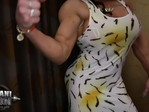 Brandi Mae 06 - Female Bodybuilder