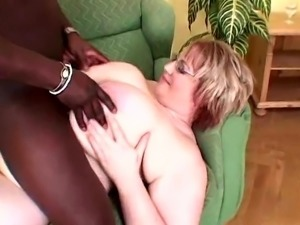 Huge Udders gets Creampied by BBC