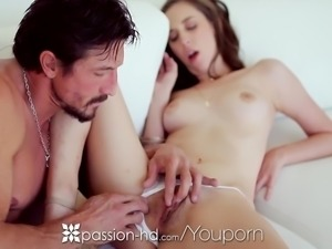 Passion-HD - Teen Layla Adams gets pounded by Tommy Gunn