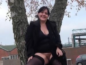 Huge Dilettante milfs public exhibitionism and alfresco chunky flashing of...