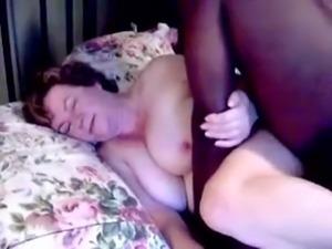 mature slut loves black