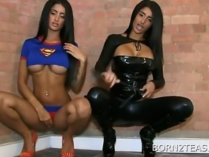 Pretti and Priya Young Superheros (HUUU)