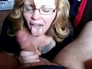 MILF Needs Cum