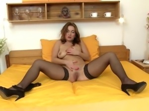 Grannies, Matures, Stockings, Gorgeous, Gorgeous-body, Mother, Perfect,...