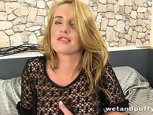 Stunning long haired blonde enjoys pissing