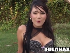 Camila Rios La latina morena follada afuera