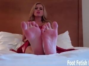 Suck my toes and pamper my perfect little feet