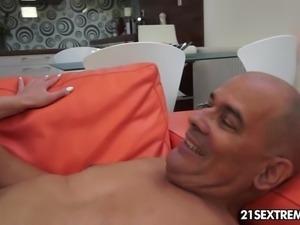 Kristy Blacks satisfies an old cock