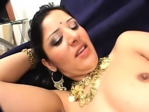 Big booty Indian babe gets her juicy honey hole pumped full of cock