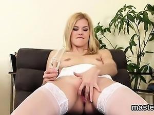 Horny czech kitten opens up her slim vagina to the strange