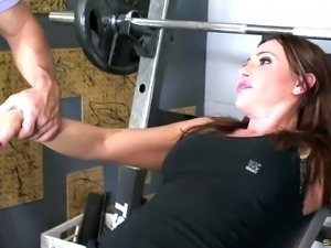 Sky Taylor is always happy to do some cock riding while in the gym