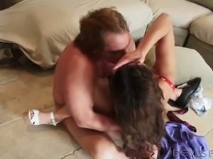 Hot slut with a hairy pussy is having sex with an experienced love maker