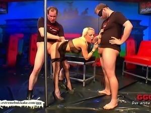 Nymphomaniac MILF can't get enough cocks - Extreme Bukkake