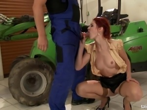 Skillful guy gladly takes a leak all over the redhead's sexy body