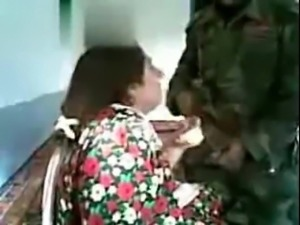 Indian Soldier Fucks Pakistani village woman