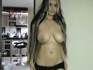 Huge Natural Tits Babe Live Orgasm With Ohmib