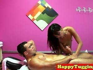 Petite asian masseuse gets pussyfilled